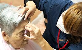 訪問美容や高齢者にメークが認知症改善効果が期待!