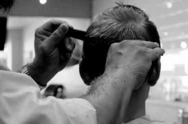 訪問美容師、福祉美容師ってどんな仕事?資格・講習は必要なのか?